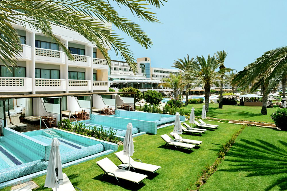 Hotel met privézwembad Constantinou Bros Athena Bay, Cyprus