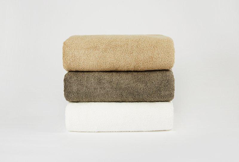 竹纖維浴巾 | hug+
