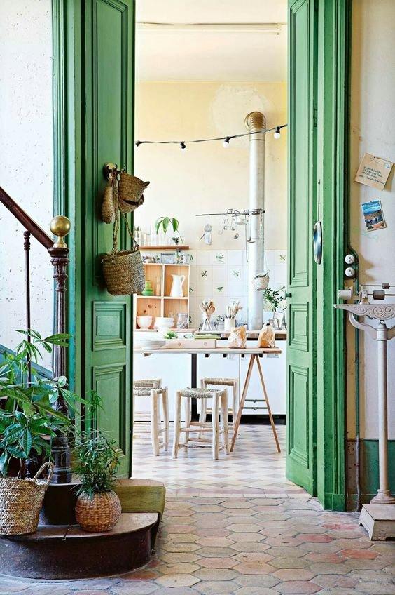 Eye-catcher deur groen