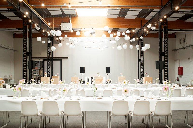 Firma - Industriële Feestzaal te Vlaams-Brabant (Vilvoorde) - Huwelijksfeest - House of Weddings