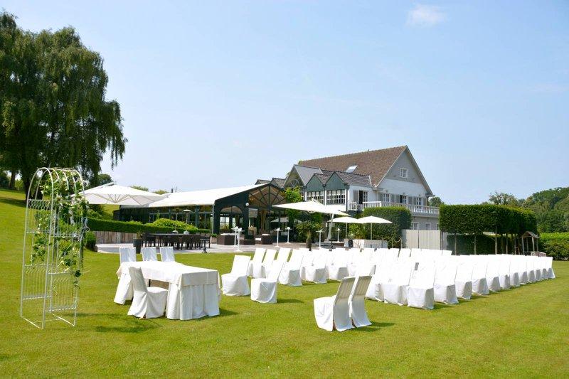 witte stoelen, tuin, natuur, open ruimte, ceremonie, boog