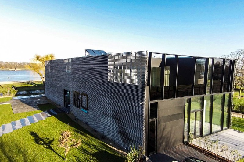 Kunstige, moderne locatie in Antwerpen - KAS - House of Weddings