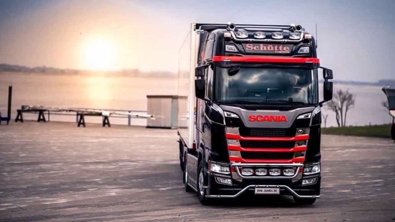 Condivisione Documenti Commerciali Alfresco - Case Study Scania