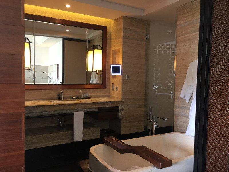 Sofitel Bali Nusa Dua Beach Resort Bathroom