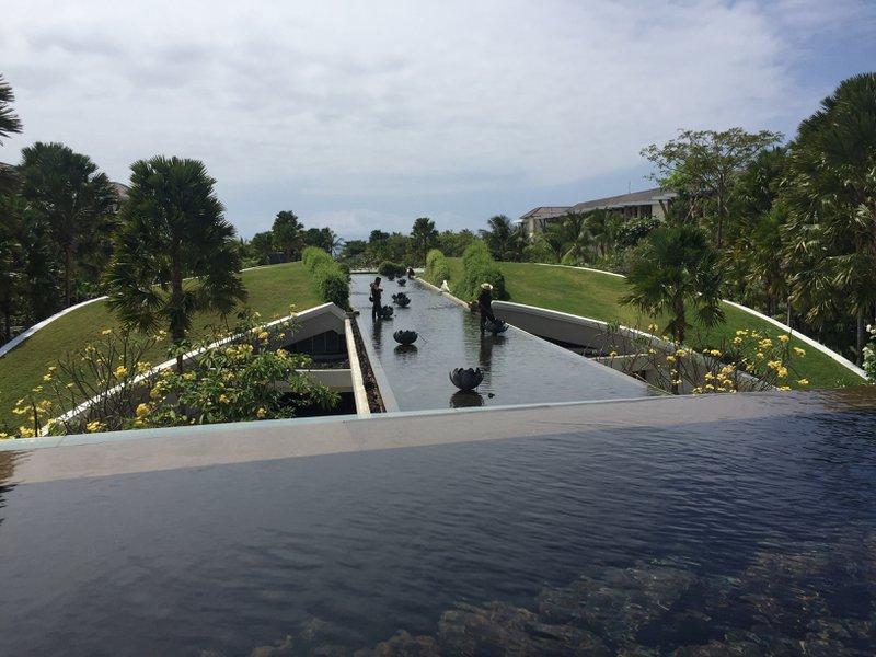 Sofitel Bali Nusa Dua Beach Resort Water Feature