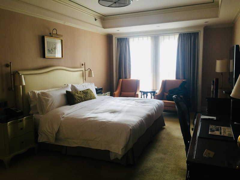 The Astor Hotel in Tianjin - Room next to elevator