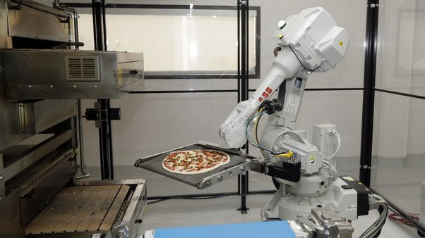 Bruno the pizza-making robot