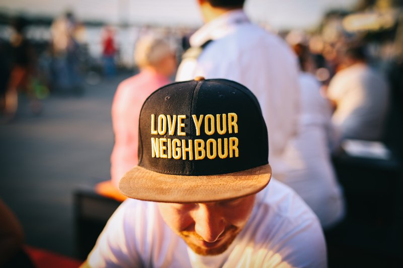 teambuilding - love your neighbour
