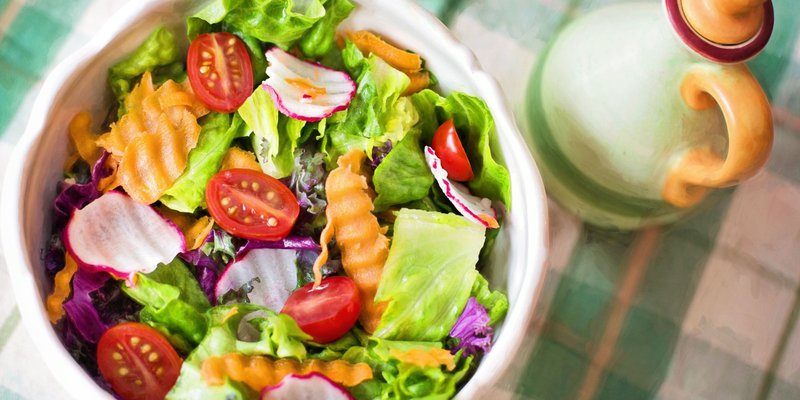A healthy salad for fat loss