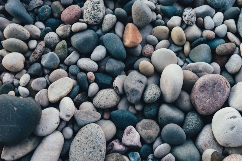 unresponsive rocks reflecting responsive web design